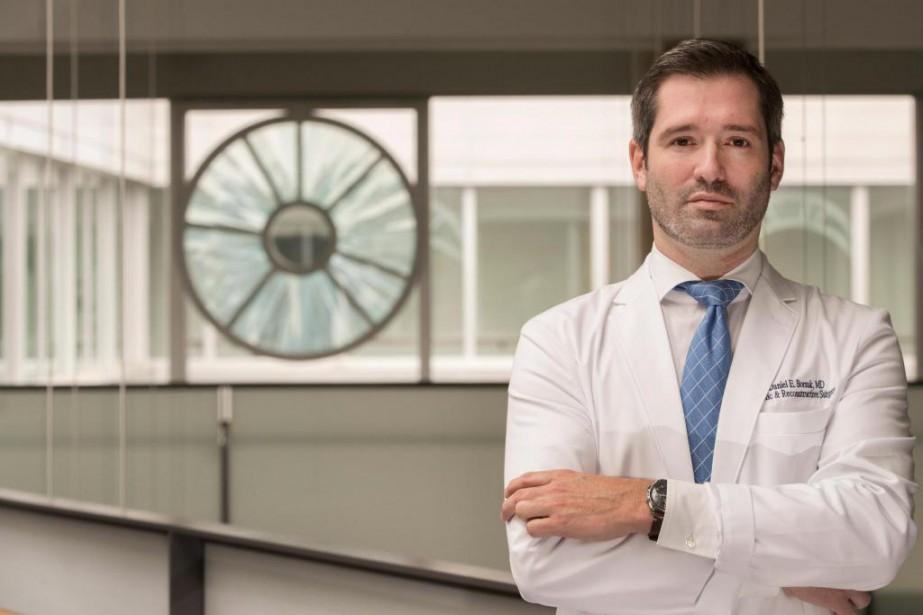 DanielBorsuk, chirurgien plasticien à l'hôpital Maisonneuve-Rosemont... (PHOTO IVANOH DEMERS, LA PRESSE)
