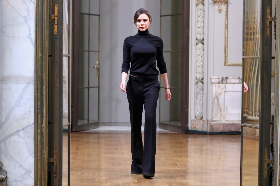 Pour la saison printemps-été 2019, Victoria Beckham revisite... (Photo JP Yim, GETTY IMAGES, AFP)