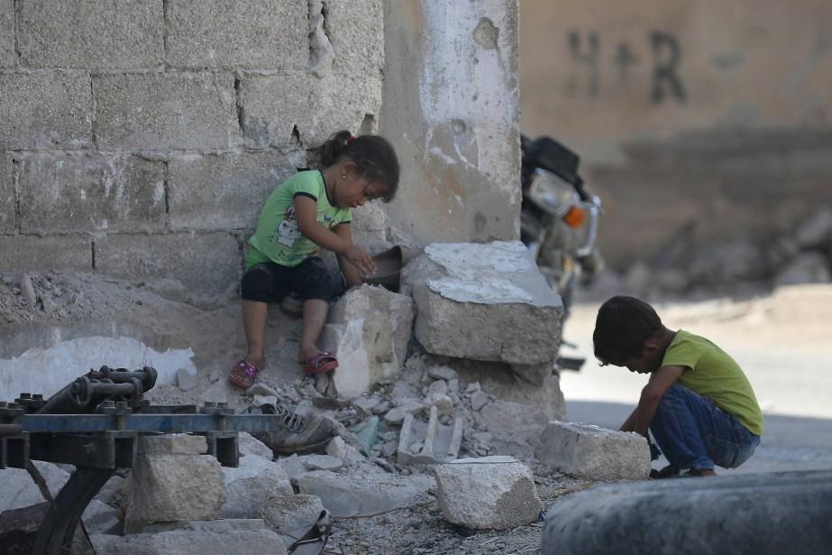 Quelque trois millions de personnes, dont la moitié... (AFP)