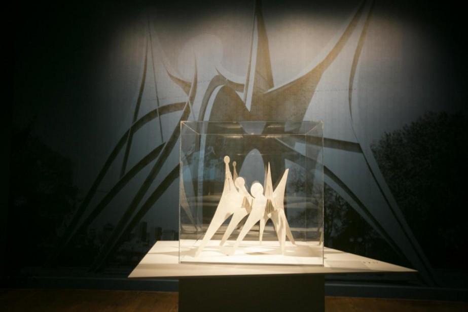 La maquette originale de l'oeuvre Troisdisques est montrée... (Photo FrançoisRoy, La Presse)