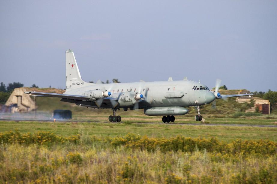 Lundi soir, un Illiouchine-20 russe a été abattu,... (ARCHIVES AP)