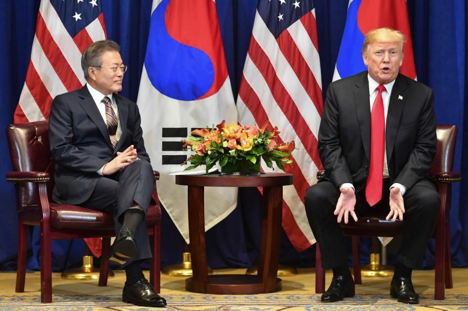 Donald Trump a rencontré son homologue sud-coréen Moon... (Photo NICHOLAS KAMM, Agence France-Presse)