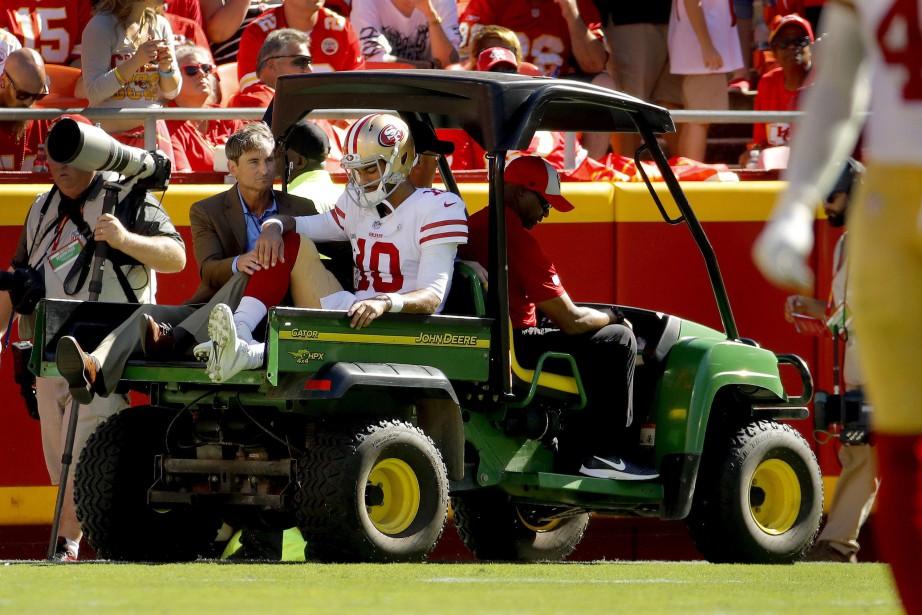 Le quart-arrière des 49ers de San Francisco Jimmy... (Photo Charlie Riedel, AP)