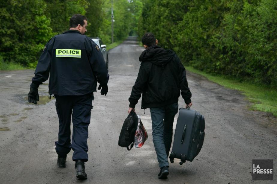 Un migrant entré au Canada de façon irrégulière... (PHOTO MARTINTREMBLAY, ARCHIVES LA PRESSE)