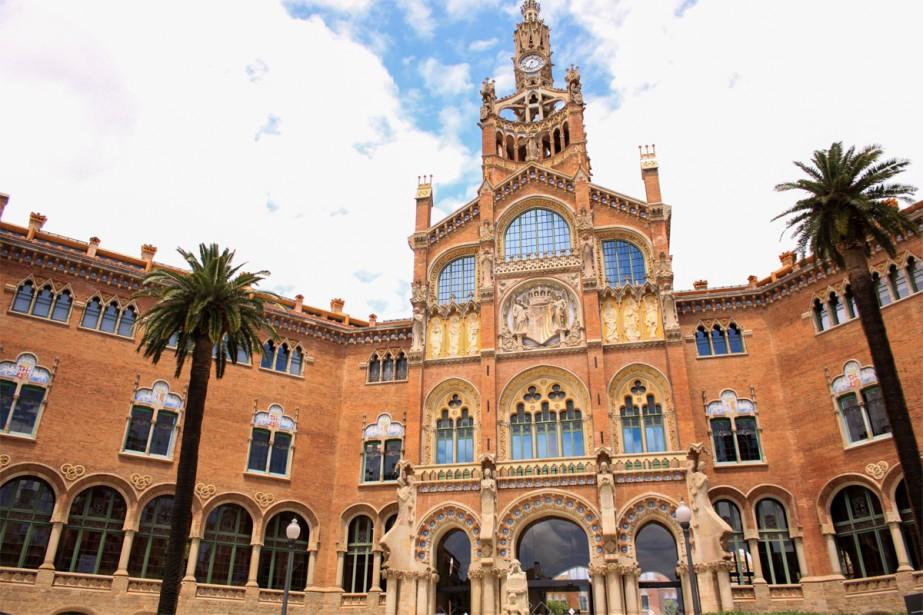 Construit en 1905 par Lluís Domènech i Montaner, l'hôpital Sant Pau est depuis 1997 inscrit au patrimoine mondial de l'UNESCO. | 27 septembre 2018