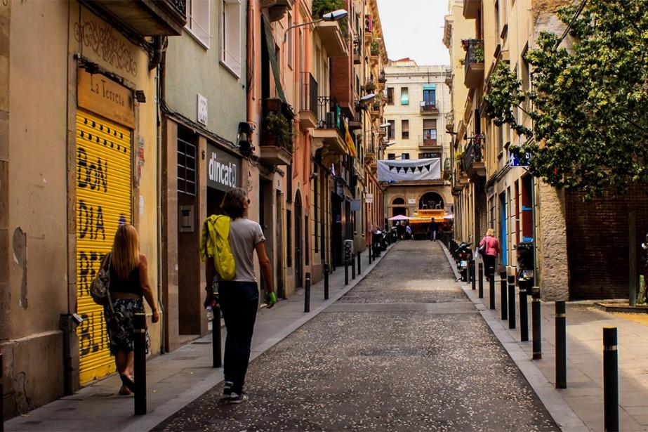 Remplies de restaurants, de bars à tapas et de boutiques, les petites rues sont abondantes à Barcelone et toujours plaisantes à découvrir. | 27 septembre 2018