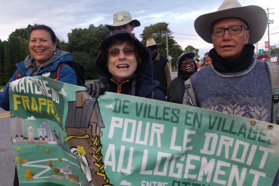 Pendant leur périple, les marcheurs ont été accueillis... (PHOTO TIRÉE DE LA PAGE FACEBOOK DU FRAPRU)