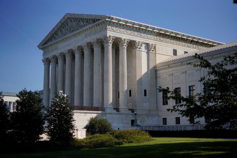 Le temple du droit américain s'est saisi du... (photo Aaron P. Bernstein, REUTERS)