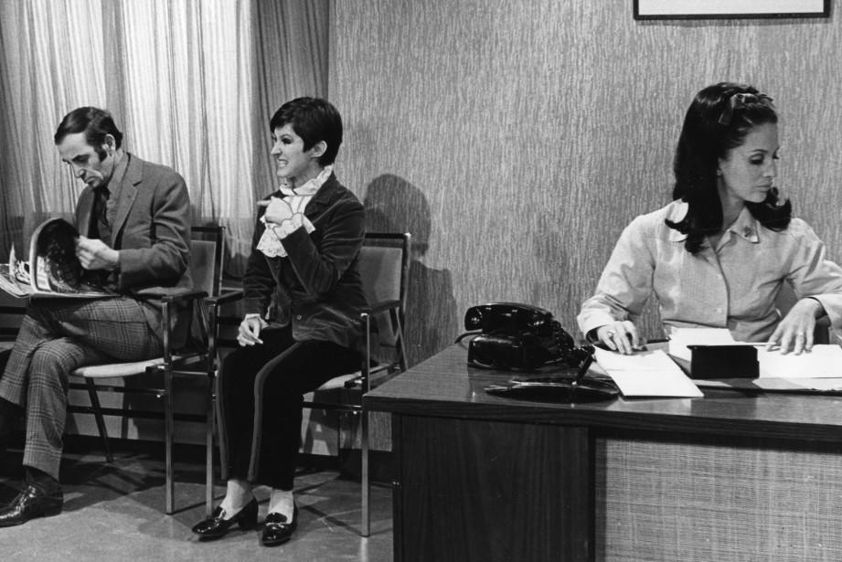Charles Aznavour dans la comédie télévisée Moi et... (Photo archives, La Presse)