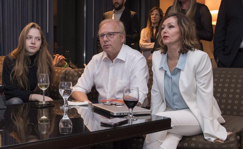 Jean-François Lisée suivait les résultats électoraux en compagnie de sa fille et de sa femme Sandrine Perrot lundi soir. | 1 octobre 2018
