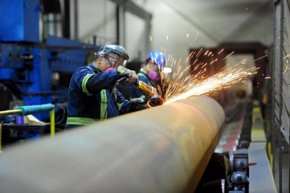 Les travailleurs de l'acier et de l'aluminium ont... (photo archives reuters)