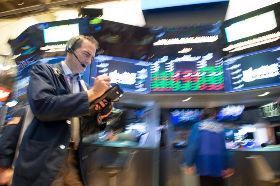 L'indice S&P/TSX a ajouté 31points lundi pour clôturer... (photo bryan r. smith, agence france-presse)