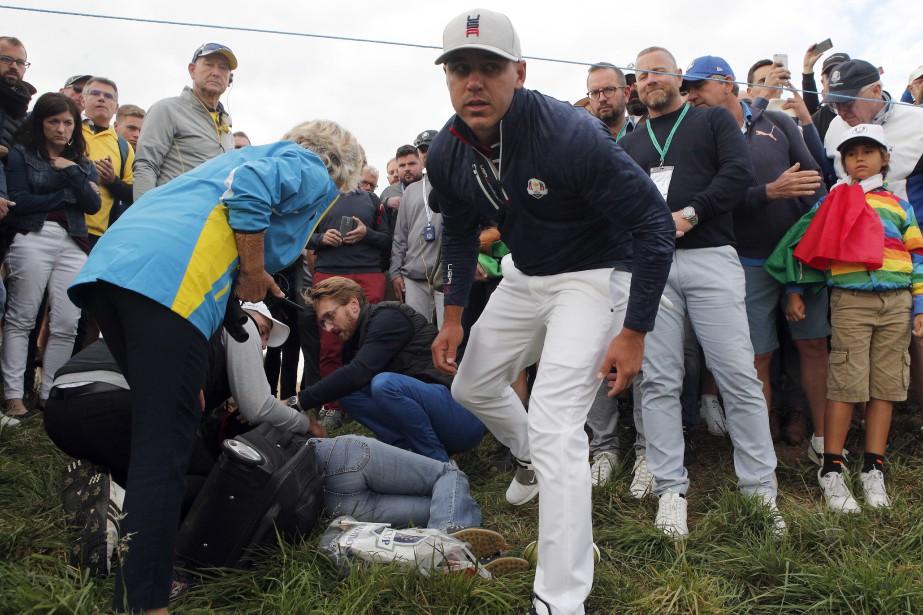 Une spectatrice a été atteinte à la tête... (PHOTO AP)