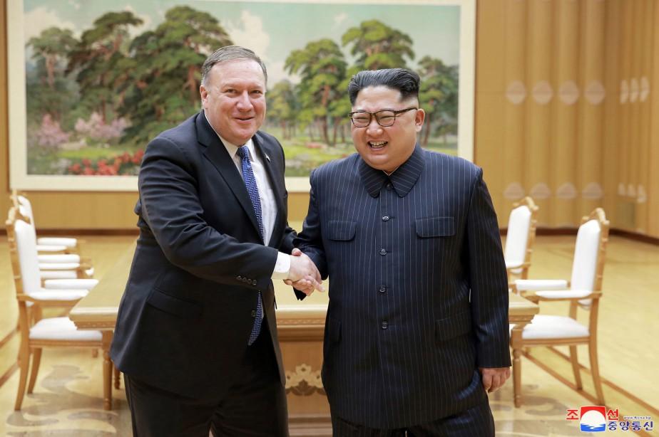 Mike Pompeo lors de sa renconre avec Kim... (PHOTO AP)