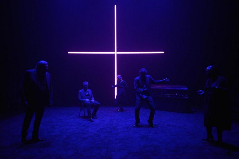 Neuf (titre provisoire)se déroule dans un salon funéraire,... (Photo Valerie Remise, fournie par le Centre du Théâtre d'Aujourd'hui)