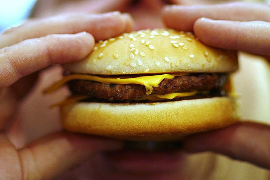 Quatre-vingt-cinq millions d'Américains mangent un repas-minute chaque jour,... (Photo archives AFP)