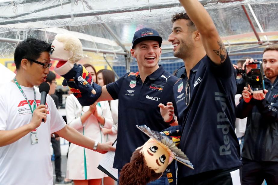 Max Verstappen et Daniel Ricciardo participent à une... (photo REUTERS)