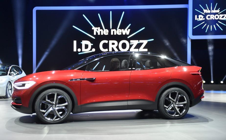 L'I.D. Crozz après son dévoilement au Salon de l'auto de Francfort en septembre 2017. (AP)