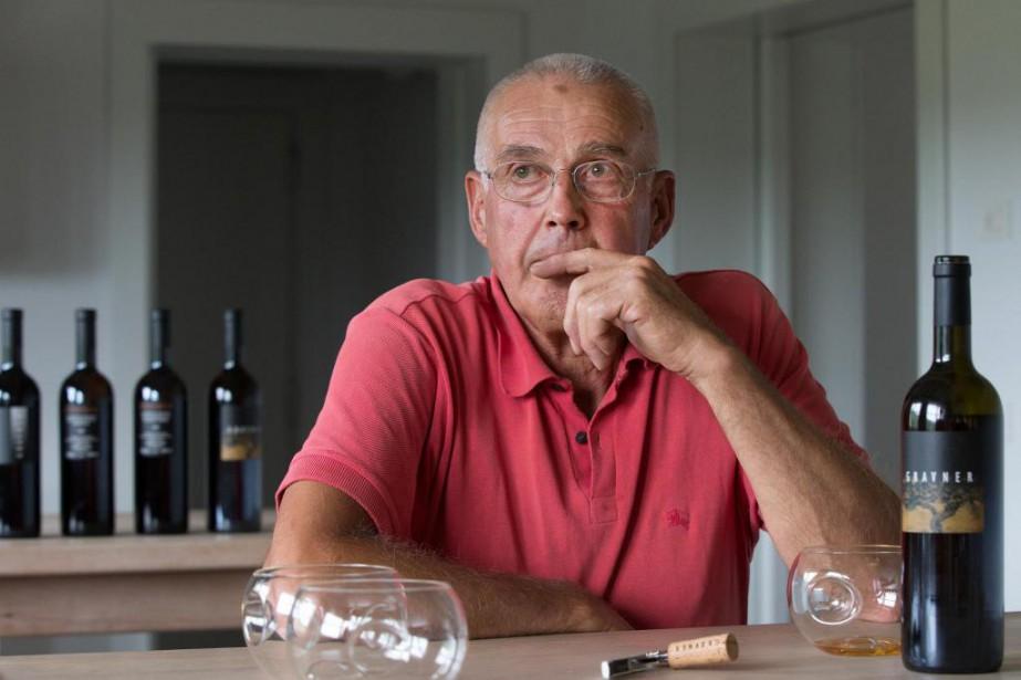 Le vigneron Josko Gravner dans son domaine du... (Photo Robert Skinner, Archives La Presse)