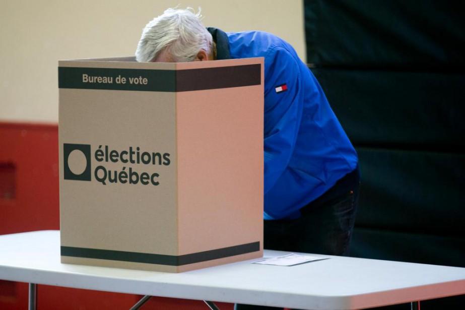 Des milliers d'électeurs libéraux sont restés à la... (Photo François Roy, La Presse)