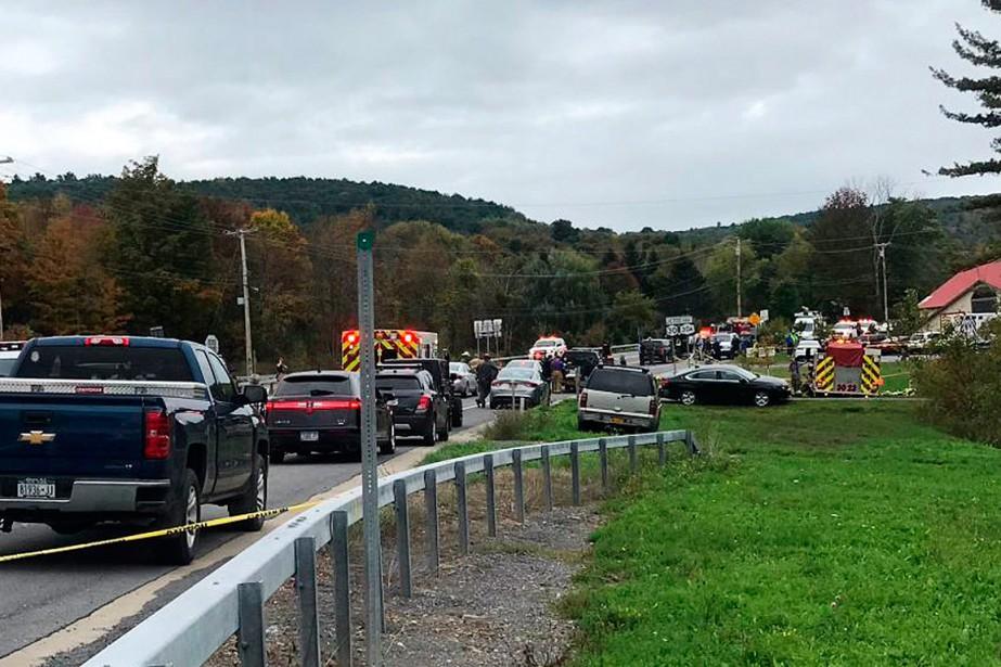 L'accident aurait impliqué deux automobiles à une intersection... (PHOTO WTEN VIA AP)