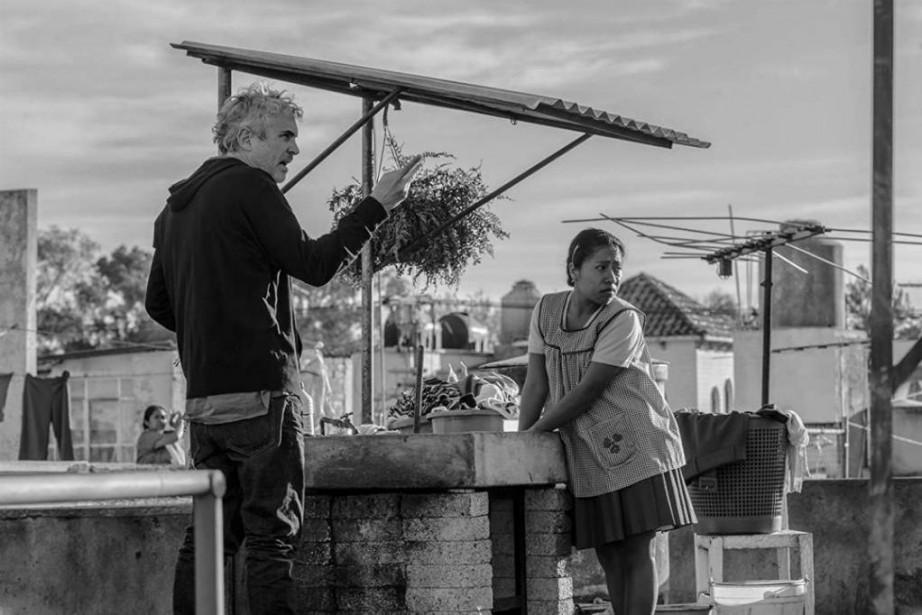 Alfonso Cuarón dirige Yalitza Aparicio dans Roma.... (Photo fournie par Netflix)
