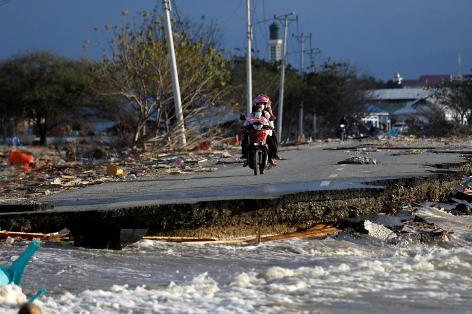 Le tremblement de terre en Indonésie intervient moins... (PHOTO REUTERS)