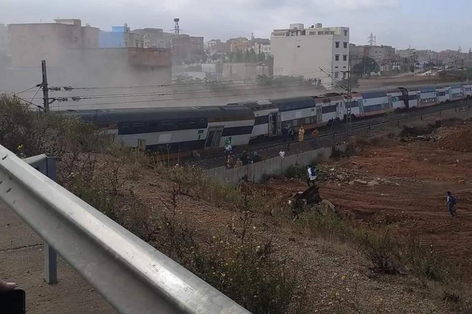 Un train de passagers a déraillé mardi à une... (Photo Twitter @MElkouira)