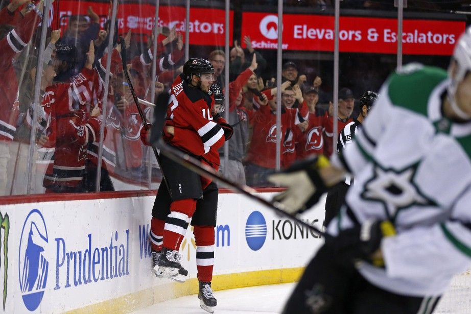 Kyle Palmieri a inscrit un septième but et les Devils du New Jersey... (PHOTO AP)