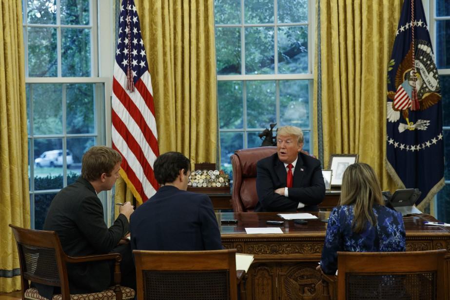 Donald Trump a été interviewé mardi par trois... (PHOTO AP)
