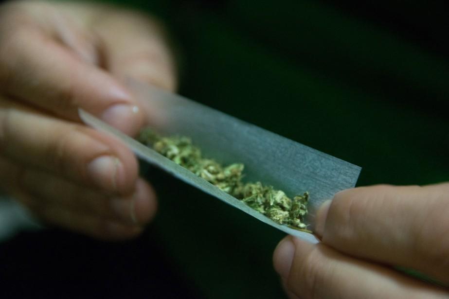 C'est aujourd'hui que ça se passe: le cannabis sera officiellement légalisé au...