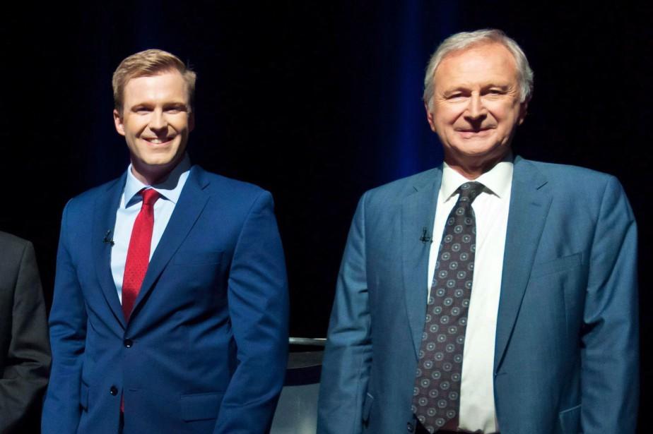 Brian Gallant et Blaine Higgs... (Photo Marc Grandmaison, archives LA PRESSE CANADIENNE)