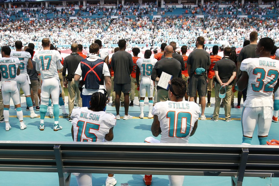 En mai, la NFL a adopté un règlement... (Photo Brynn Anderson, Associated Press)