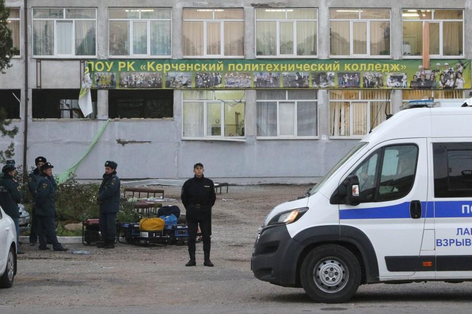 Sur les 20 personnes tuées, selon un nouveau... (Photo PAVEL REBROV, REUTERS)