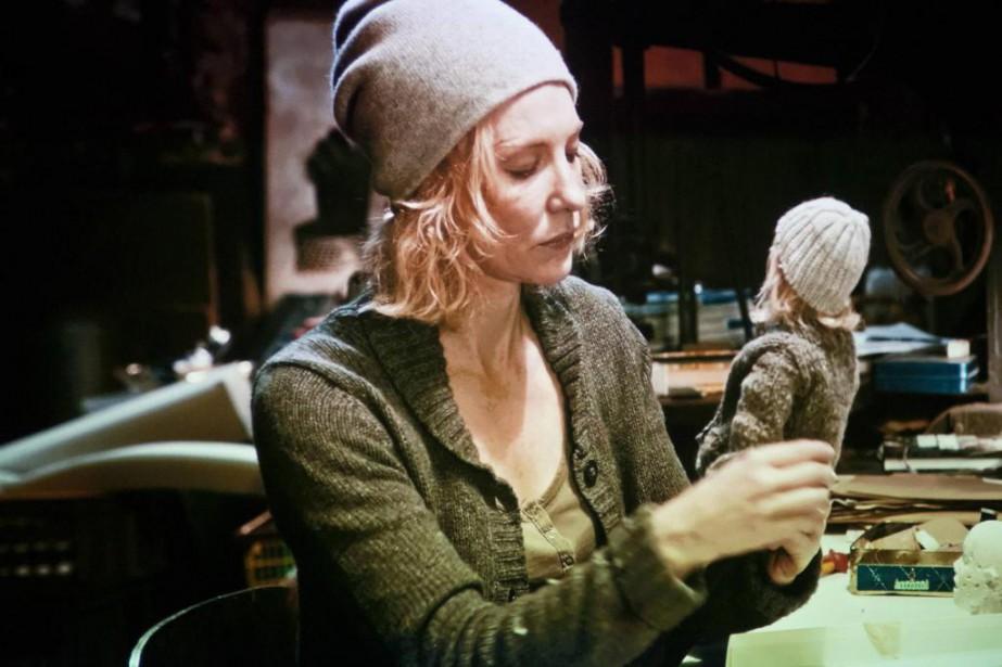 Dans Surréalisme/Spatialisme, Cate Blanchett incarne une marionnettiste qui... (Photo Patrick Sanfaçon, La Presse)