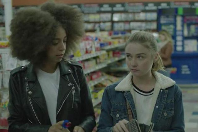 Hayley Law, Jessica Barden et Camila Mendes dans The New... (Photo fournie par The Orchard)