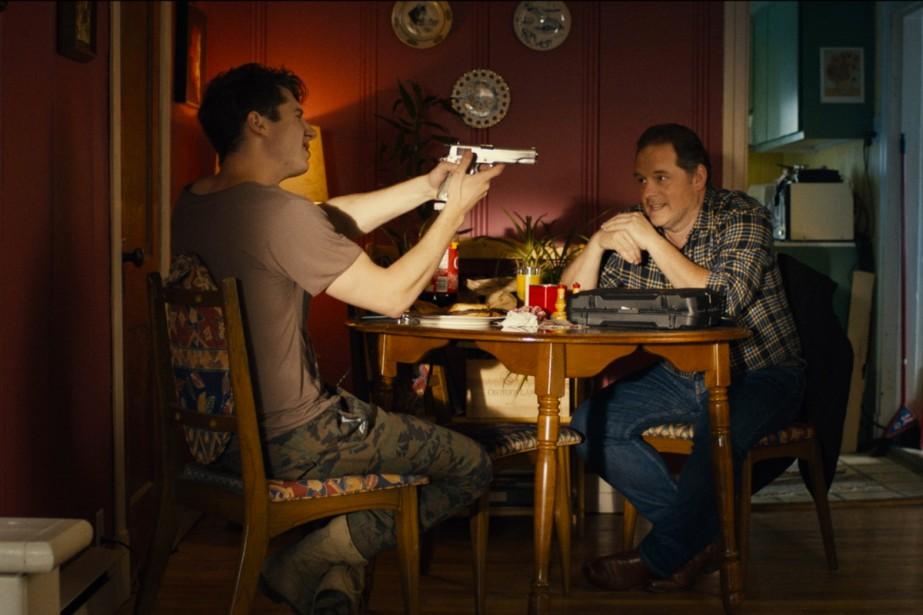 Pierre-Luc Lafontaine et Paul Doucet dans L'amour. Le... (Photo fournie par le Festival du cinéma international en Abitibi-Témiscamingue)