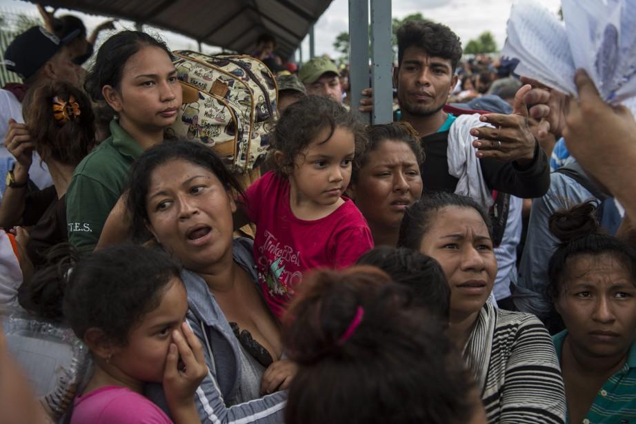 Quelque 4000migrants ont quitté il y a une... (Photo Oliver de Ros, ap)