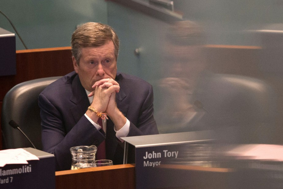 John Tory, âgé de 64 ans, qui est entré... (Photo Chris Young, La Presse canadienne)