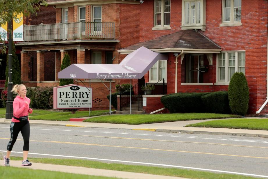 Perry Funeral Home a reçu ces restes d'hôpitaux... (PHOTO AFP)
