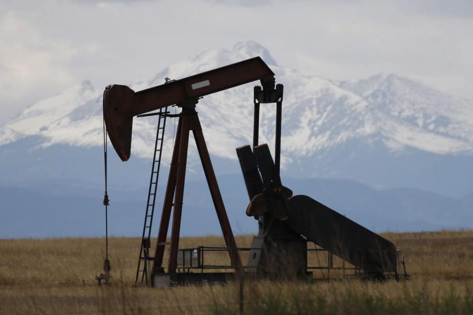 Les cours du pétrole ont fini en petite hausse... (Photo David Zalubowski, AP)
