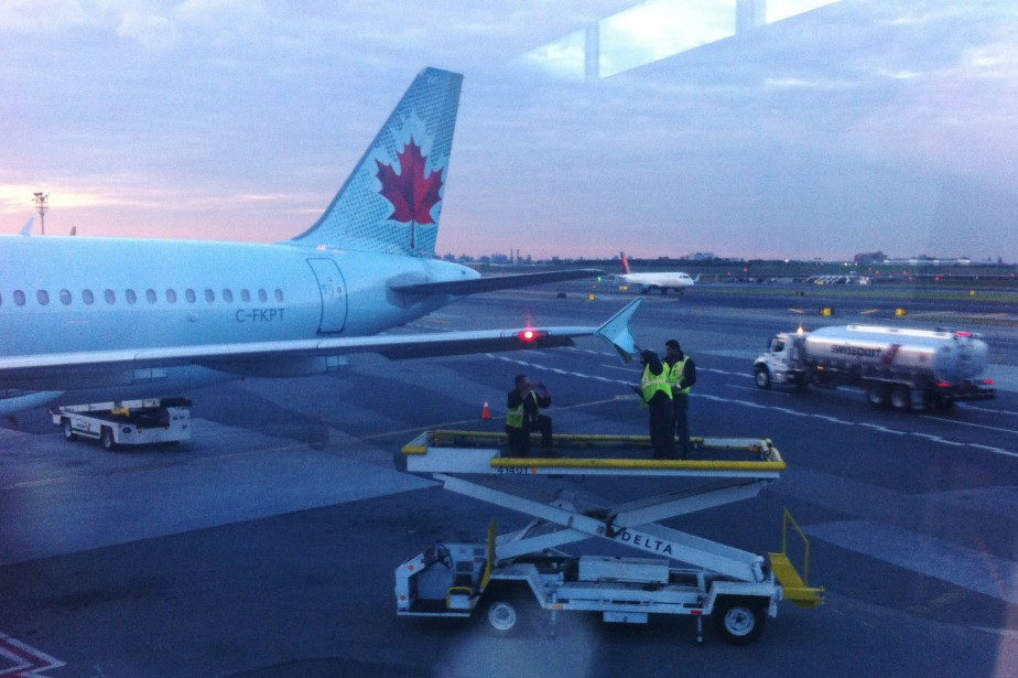 L'avion A320 arrivait de Toronto avec 142 passagers... (PHOTO PC)