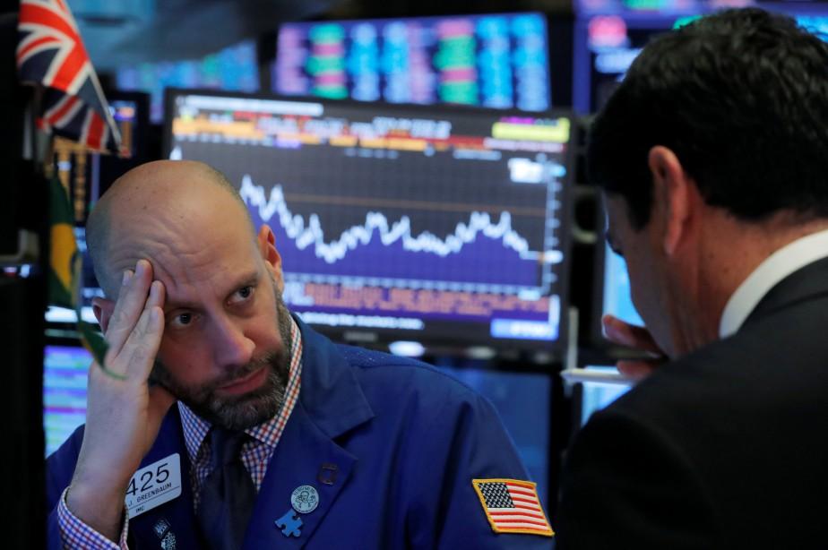 Le Dow Jones perdait 1,41% et le NASDAQ... (Photo BRENDAN MCDERMID, REUTERS)