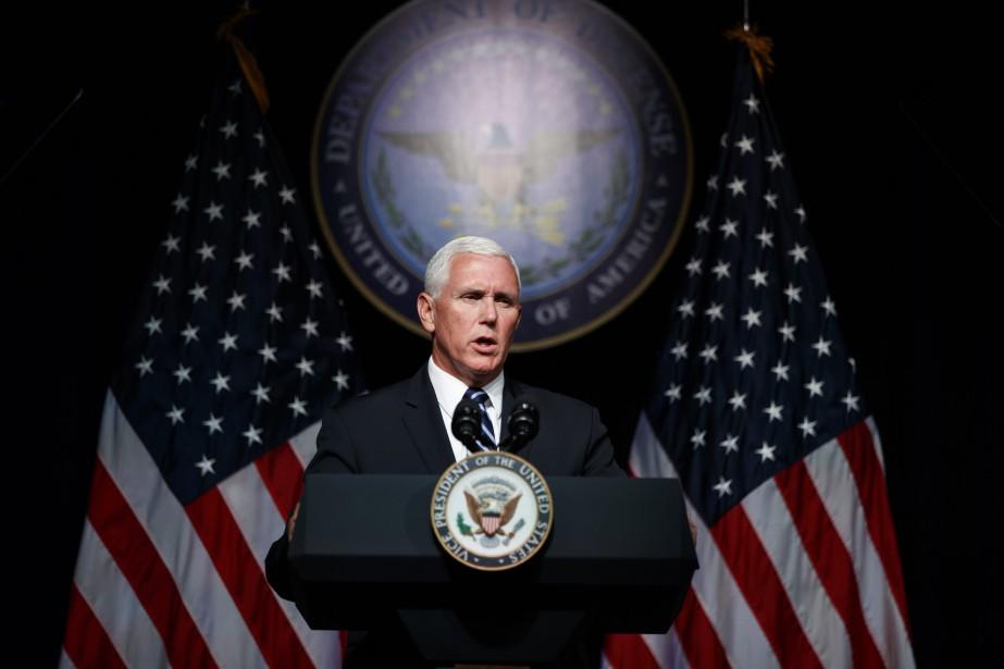 Selon le vice-président Mike Pence, environ 60000 personnes... (Photo Evan Vucci, Associated Press)