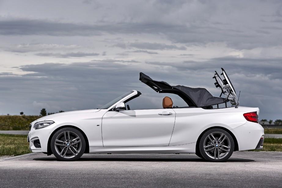 BMW M240i (PHOTO BMW)
