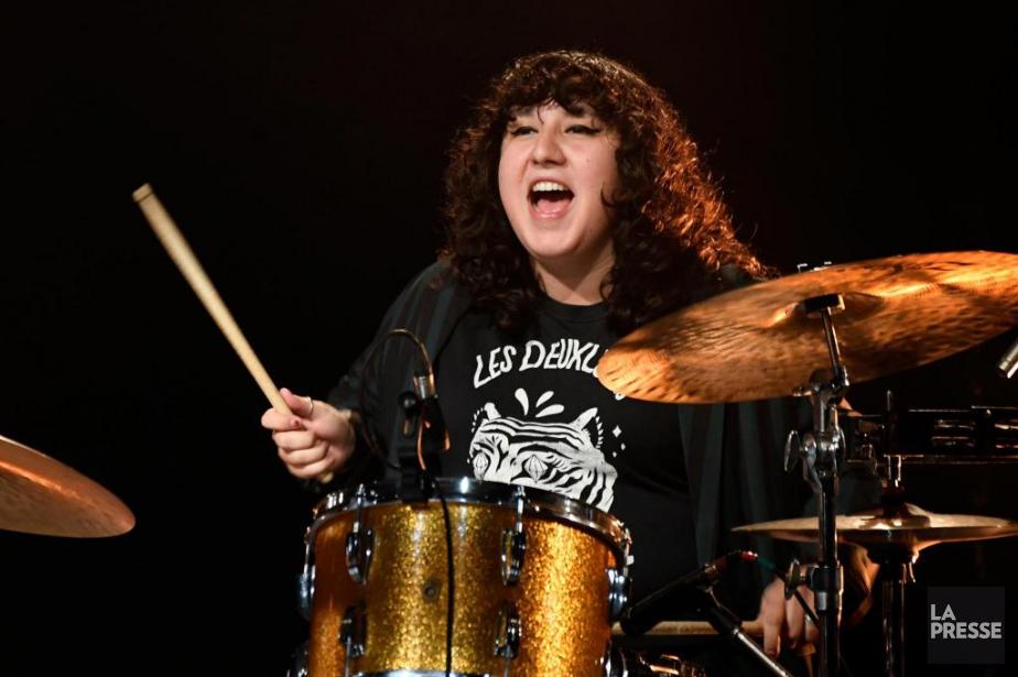 Sarah Dion fait partie d'un groupe punk entièrement... (Photo Bernard Brault, La Presse)