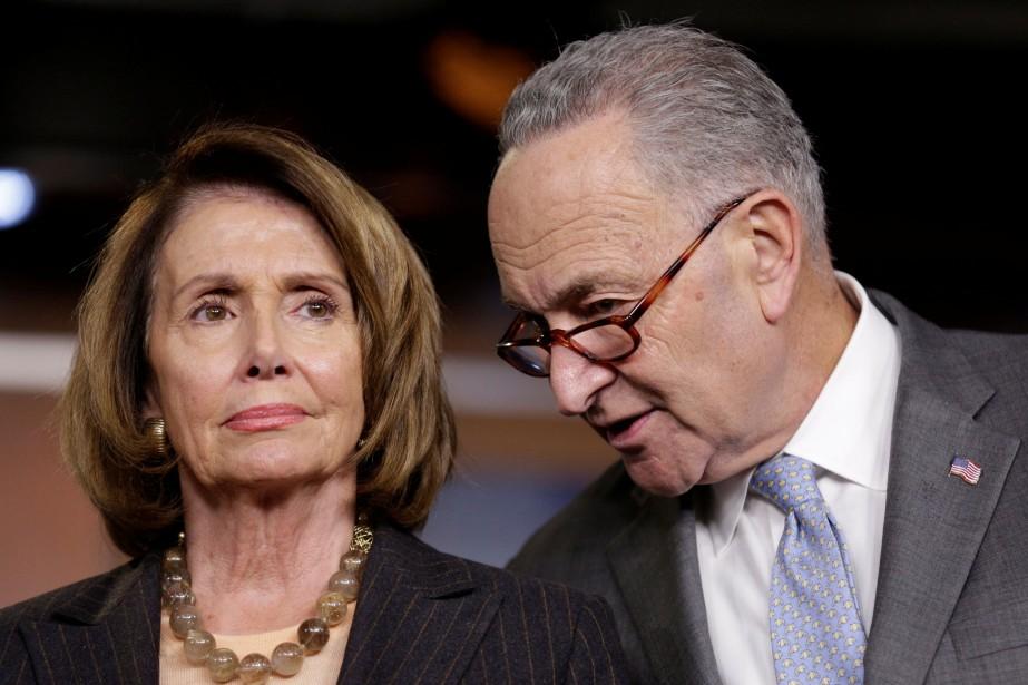 La représentante démocrate Nancy Pelosi et le sénateur... (Photo JOSHUA ROBERTS, REUTERS)