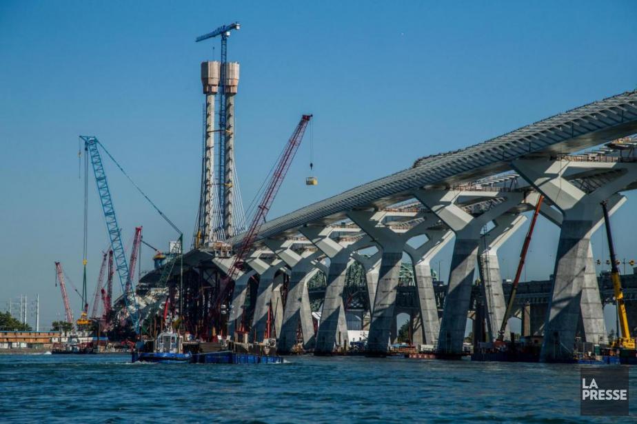 Le coût total du nouveau pont Champlain est... (PHOTO MARTIN TREMBLAY, ARCHIVES LA PRESSE)