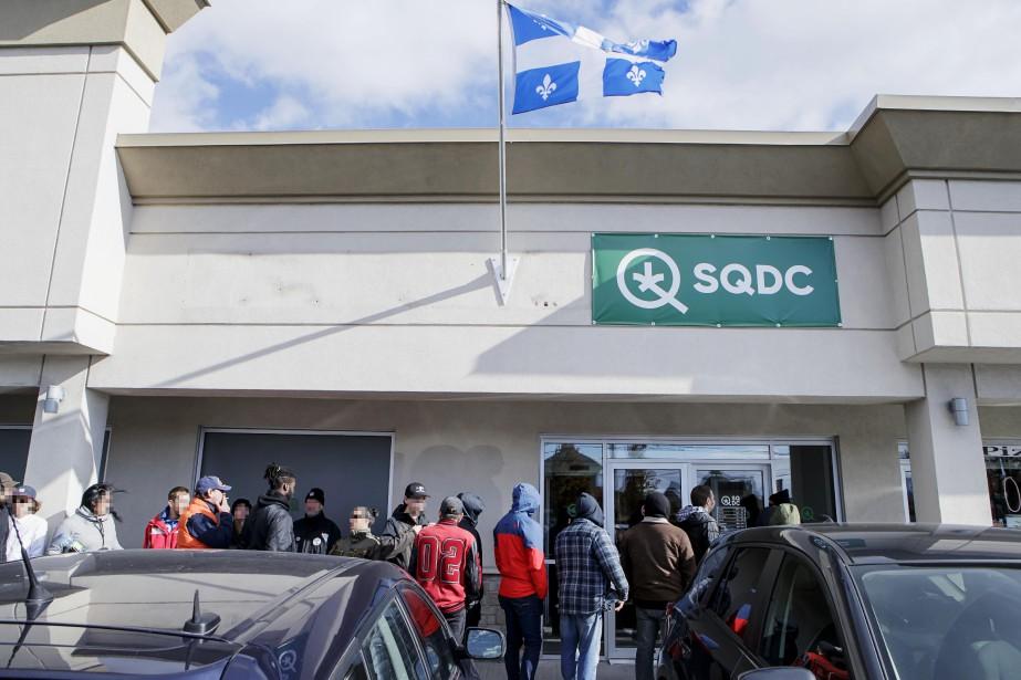 Mercredi, la SQDC a diffusé un communiqué pour... (Photo Alain Roberge, archives La Presse)