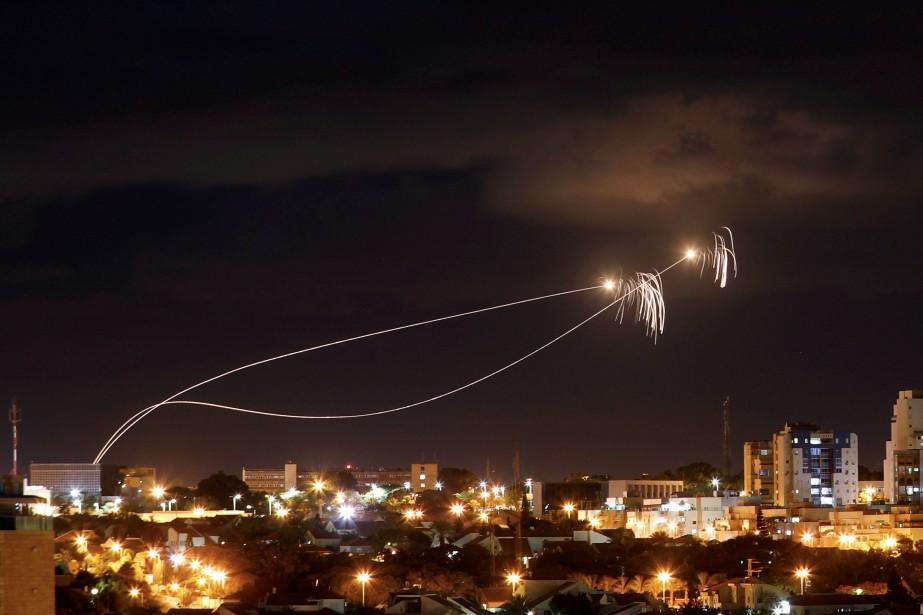 Le système israélien de défense aérienne Iron Dome... (Photo AMIR COHEN, REUTERS)